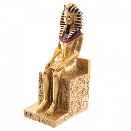 Ramsès II Assis sur un Trône avec Hiéroglyphes