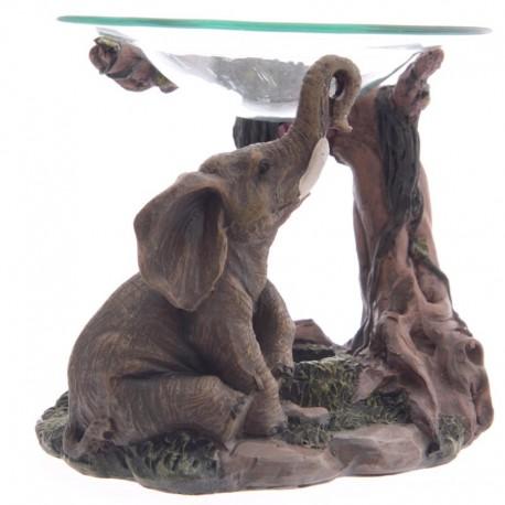 Brûleur à huile, Scène d'éléphants